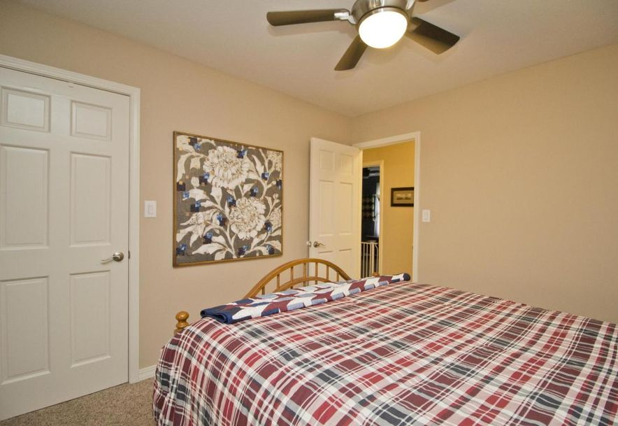 3054 West Countryside Drive Springfield, MO 65807 - Photo 22