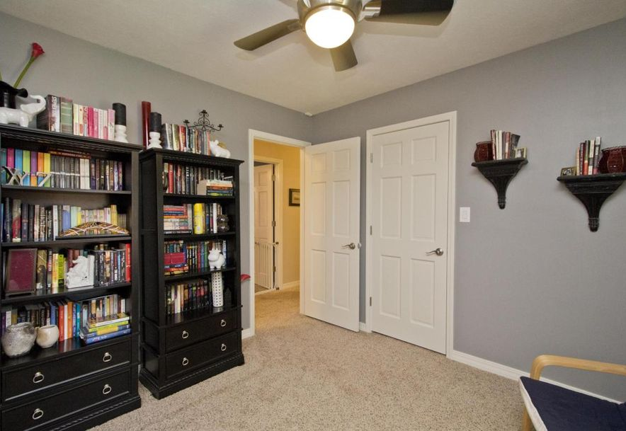3054 West Countryside Drive Springfield, MO 65807 - Photo 26