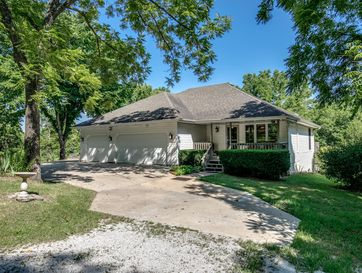 1031 Green Valley Road Clever, MO 65631 - Image 1