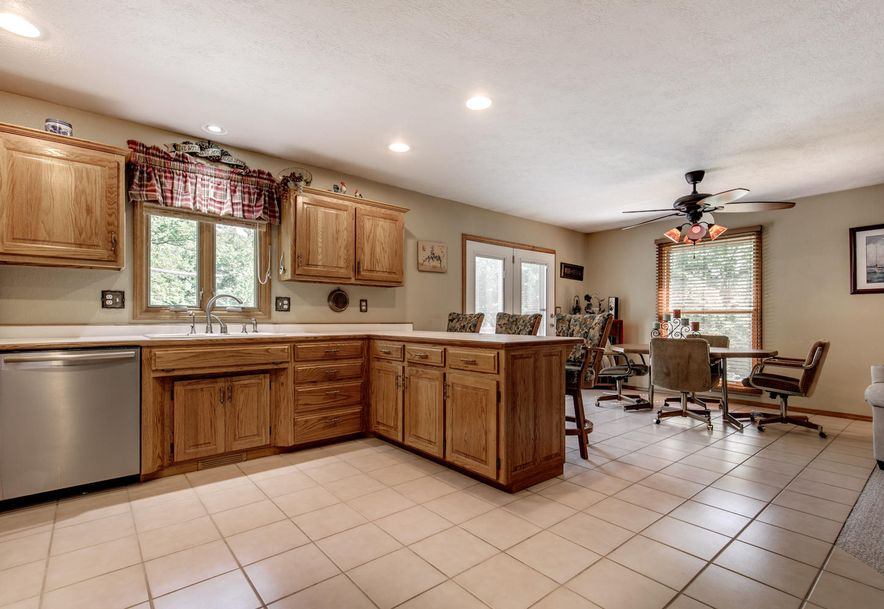1031 Green Valley Road Clever, MO 65631 - Photo 15