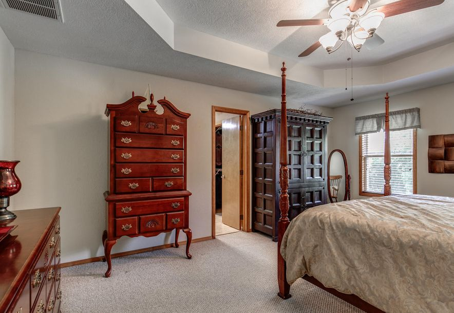 1031 Green Valley Road Clever, MO 65631 - Photo 17