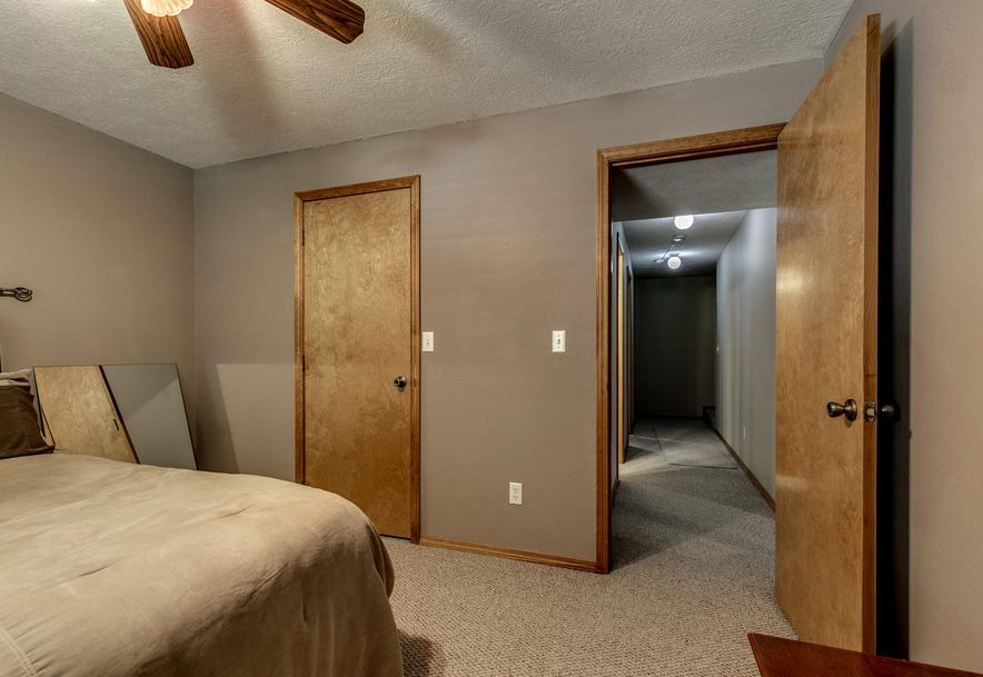 1031 Green Valley Road Clever, MO 65631 - Photo 28