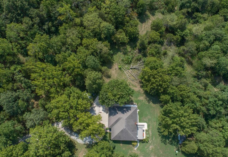 1031 Green Valley Road Clever, MO 65631 - Photo 4