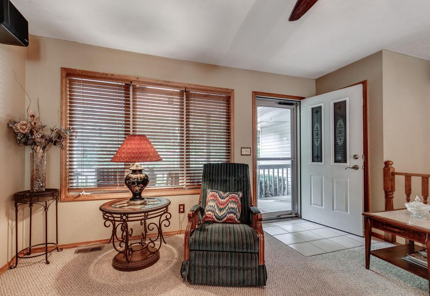 1031 Green Valley Road Clever, MO 65631 - Photo 8
