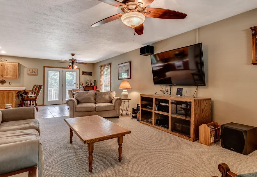 1031 Green Valley Road Clever, MO 65631 - Photo 9