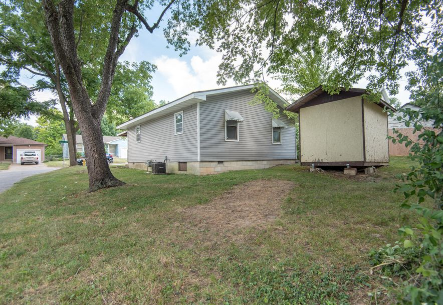 2075 North Marion Avenue Springfield, MO 65803 - Photo 15