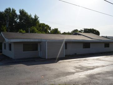 874 West Commercial Street Mansfield, MO 65704 - Image 1