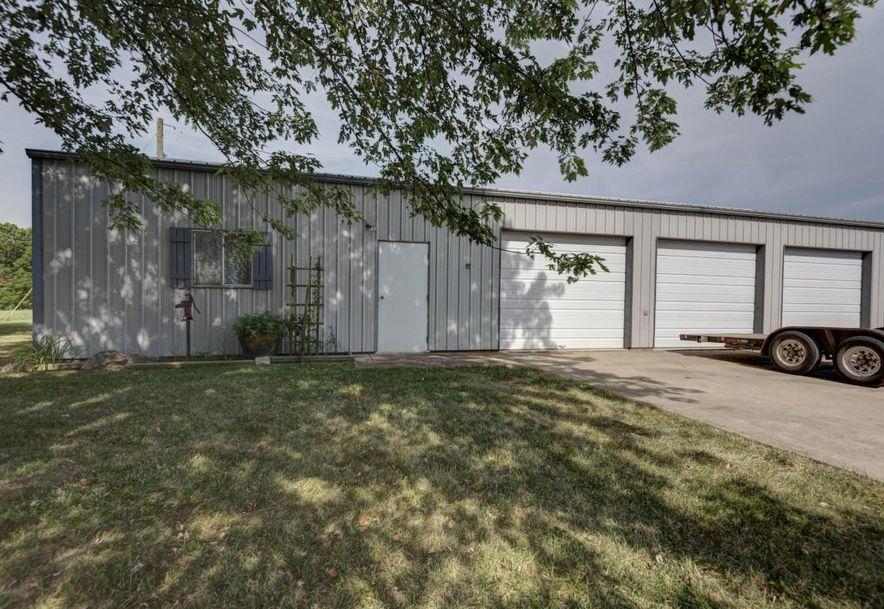 952 Crosstie Road Seymour, MO 65746 - Photo 21