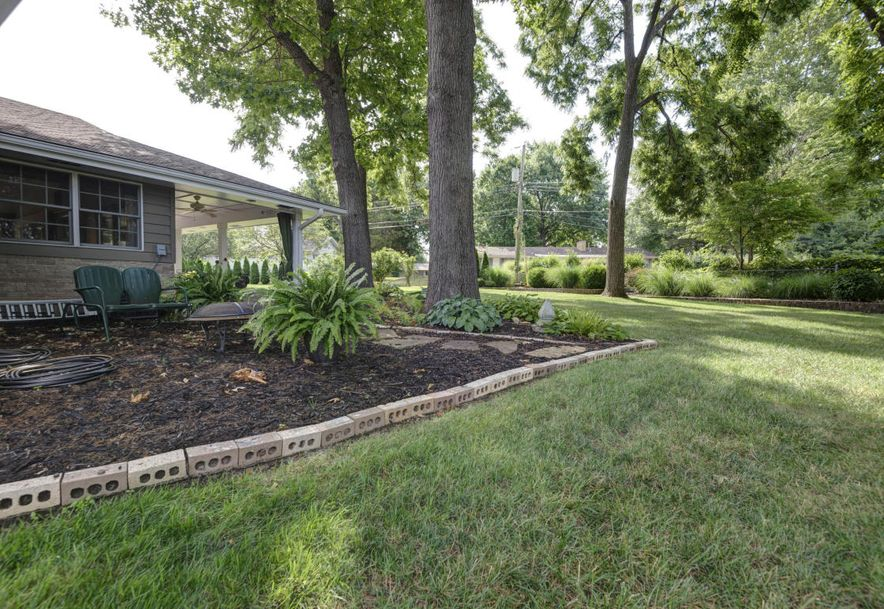 2152 South Cedarbrook Avenue Springfield, MO 65804 - Photo 48