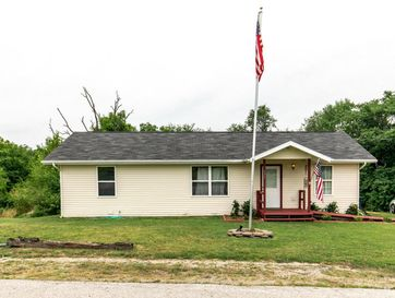 755 East Main Street Buffalo, MO 65622 - Image 1
