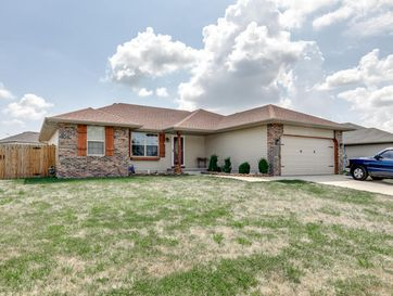 208 Dixie Avenue Clever, MO 65631 - Image 1