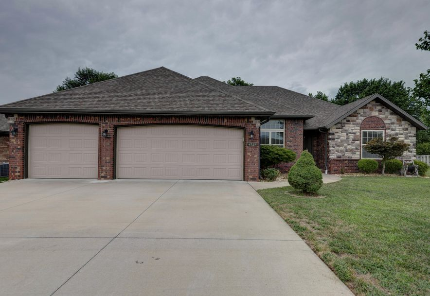 4529 South Owen Court Battlefield, MO 65619 - Photo 1