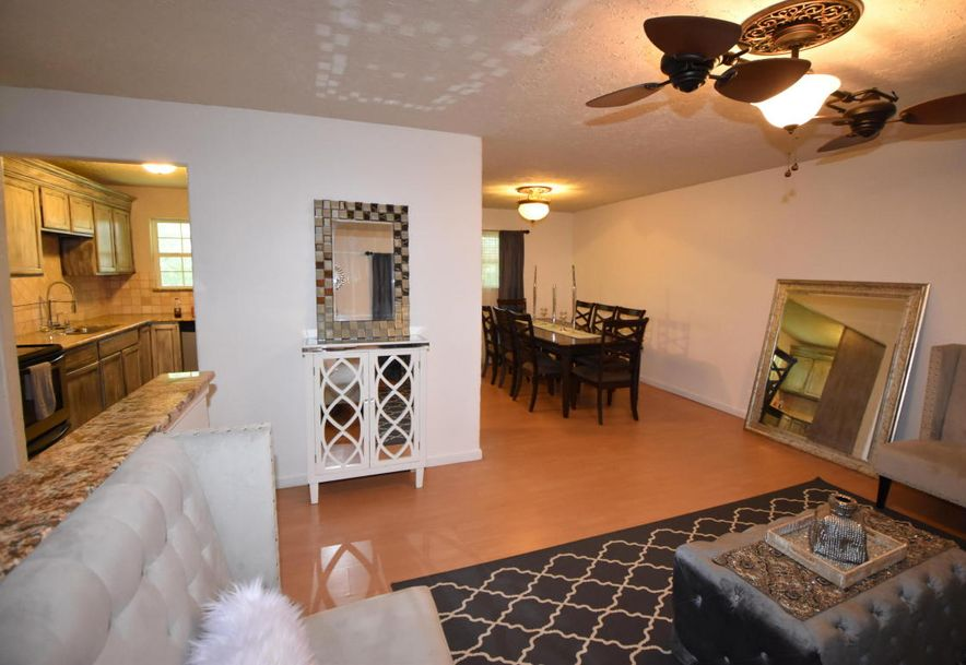 3143 West Winchester Road Springfield, MO 65807 - Photo 2