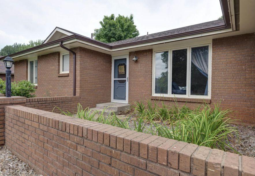 809 Barwick Place Willard, MO 65781 - Photo 2