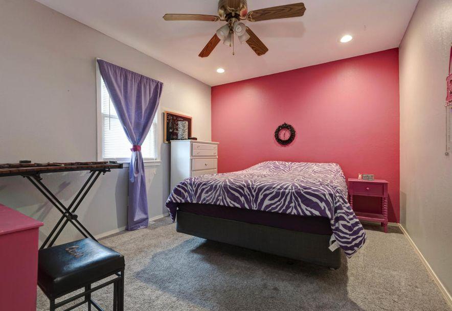 809 Barwick Place Willard, MO 65781 - Photo 18
