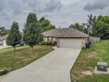 217 North Dixie Avenue Clever, MO 65631 - Image 1