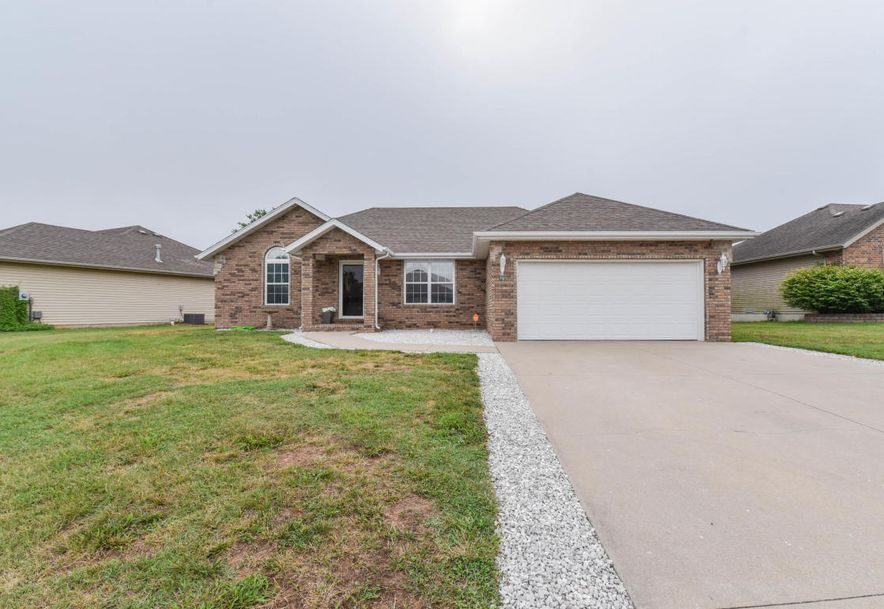 792 South Mulberry Lane Nixa, MO 65714 - Photo 1