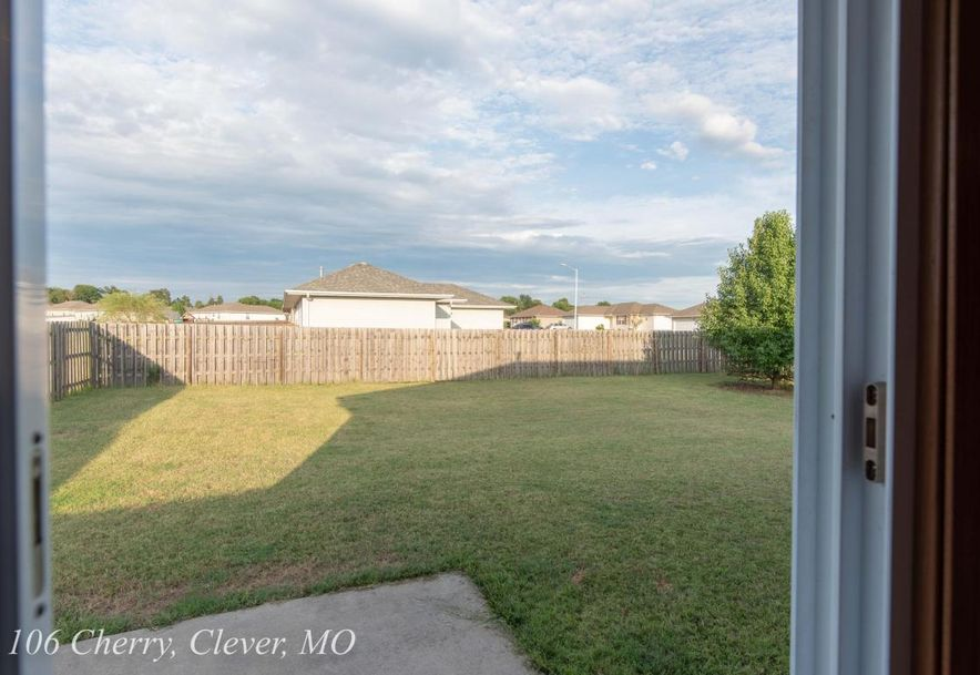 106 Cherry Avenue Clever, MO 65631 - Photo 24