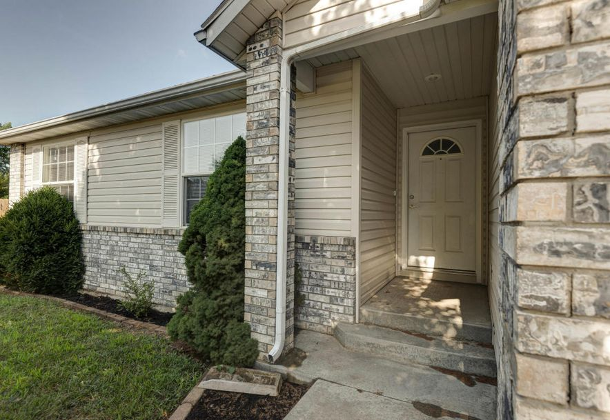 324 Shawnee Court Clever, MO 65631 - Photo 2