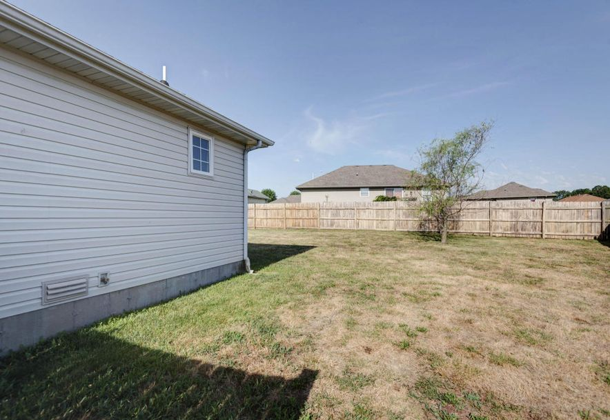 324 Shawnee Court Clever, MO 65631 - Photo 15