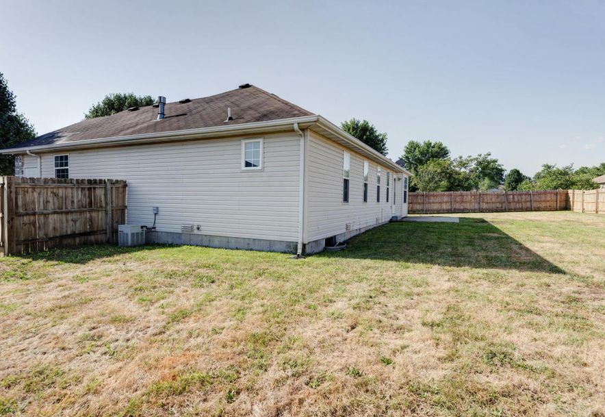 324 Shawnee Court Clever, MO 65631 - Photo 16
