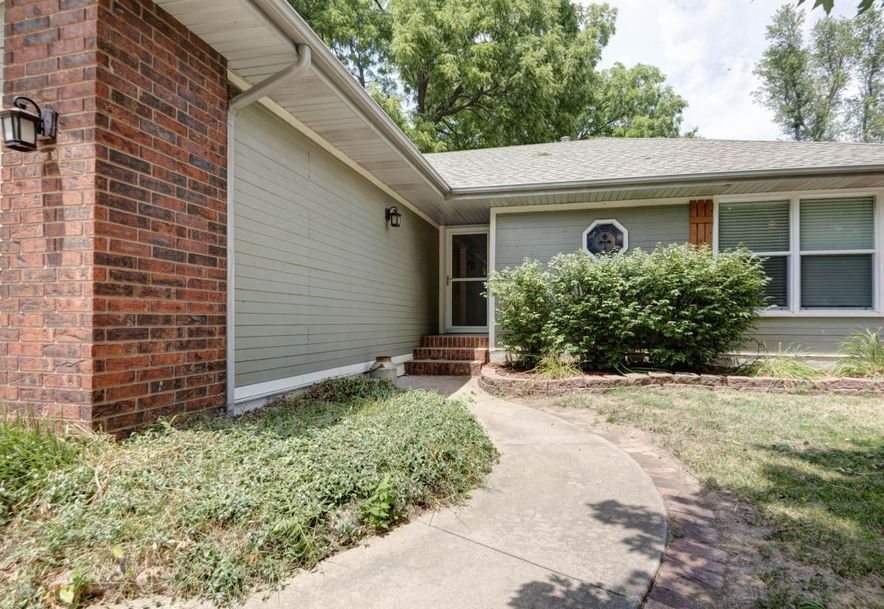 3313 West Camelot Street Springfield, MO 65807 - Photo 2