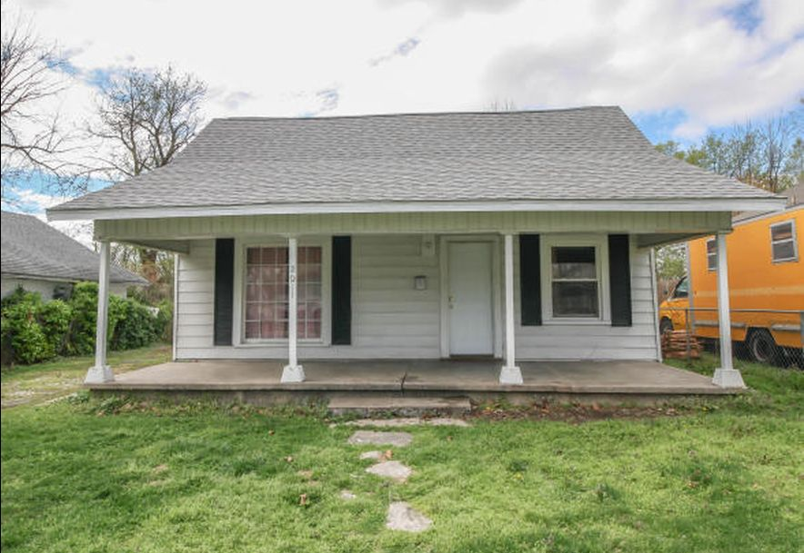1411 West Central Street Springfield, MO 65802 - Photo 2