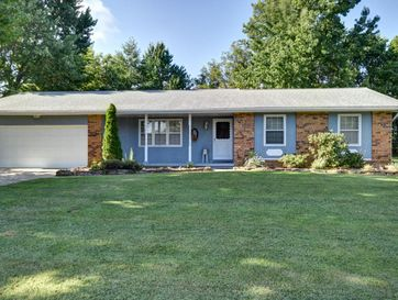 530 East Cantebury Street Springfield, MO 65810 - Image 1