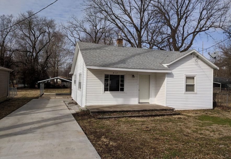 917 North Warren Avenue Springfield, MO 65802 - Photo 2