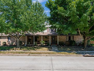 3360 West Driftwood Court Springfield, MO 65807 - Image 1