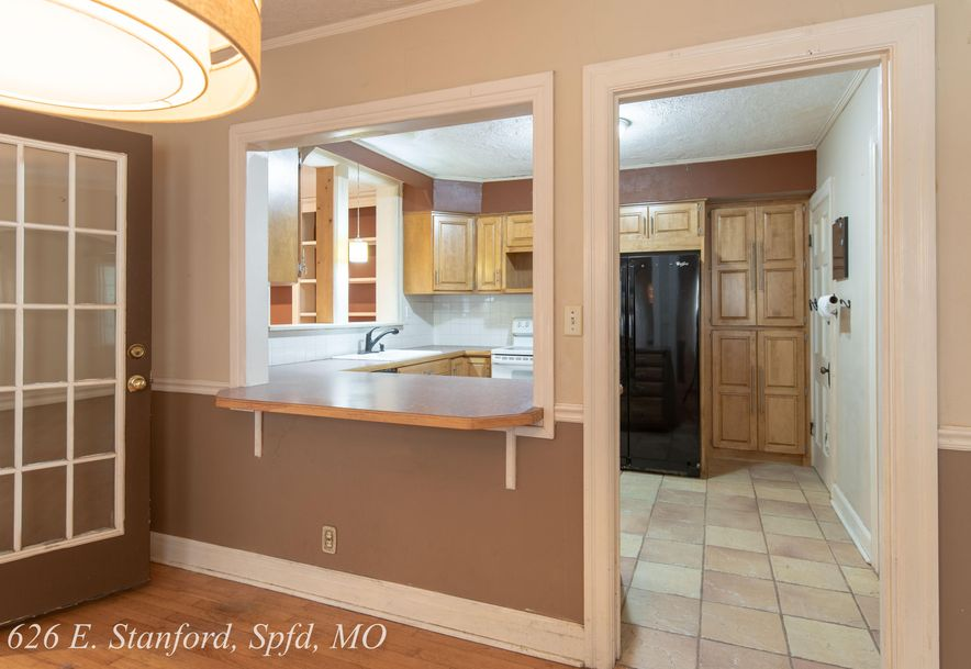 626 East Stanford Street Springfield, MO 65807 - Photo 16