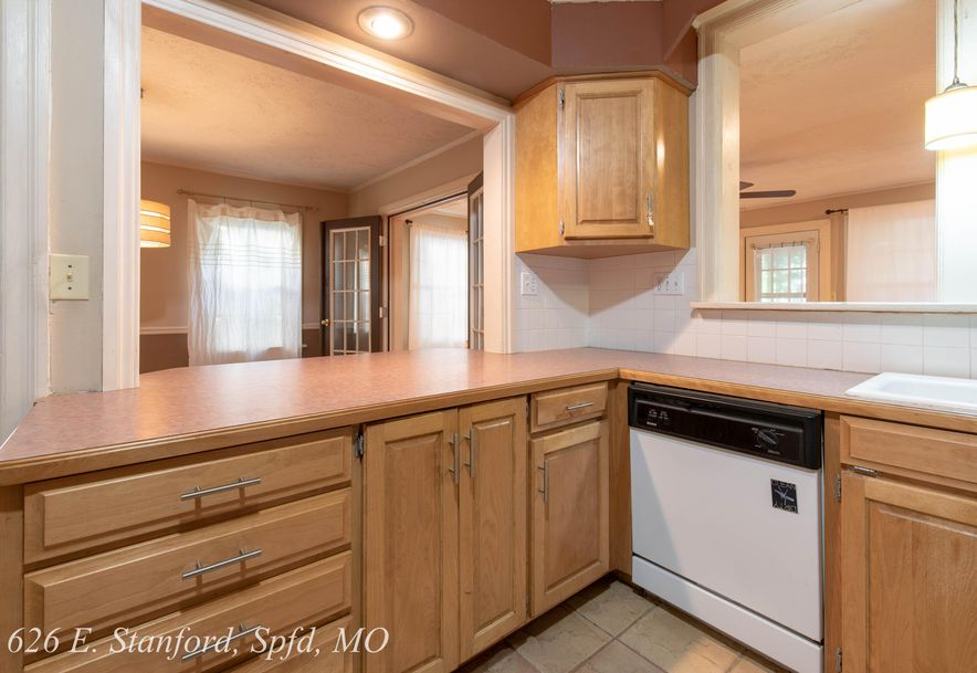 626 East Stanford Street Springfield, MO 65807 - Photo 19