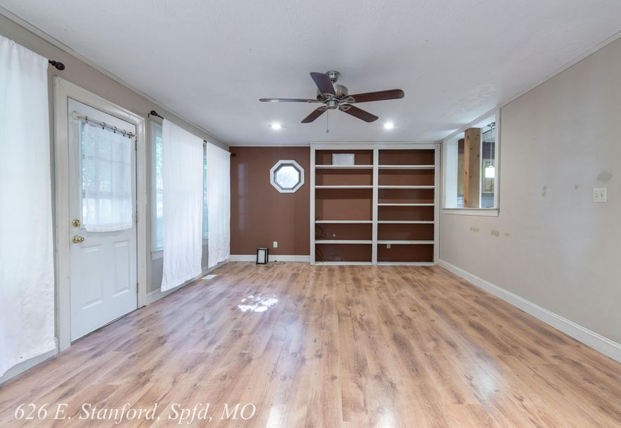 626 East Stanford Street Springfield, MO 65807 - Photo 22
