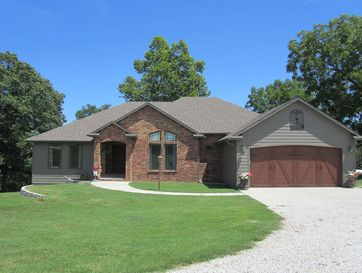 742 Maple Ridge Forsyth, MO 65653 - Image 1