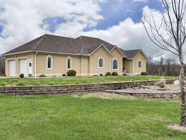 7127 West Old Sanders Road Republic, MO 65738 - Image 1