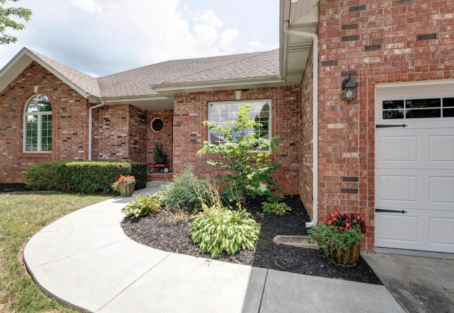 4260 East Crosswinds Place Springfield, MO 65809 - Photo 3