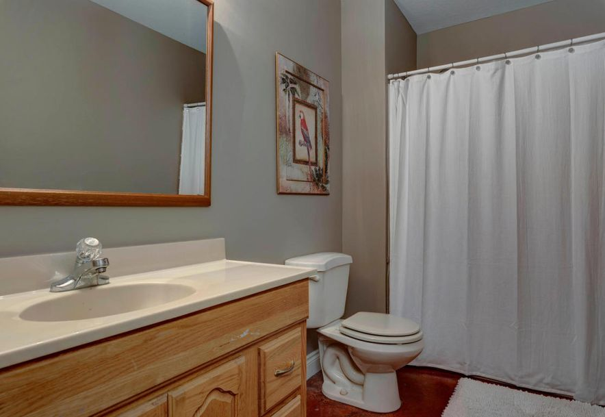 4260 East Crosswinds Place Springfield, MO 65809 - Photo 39