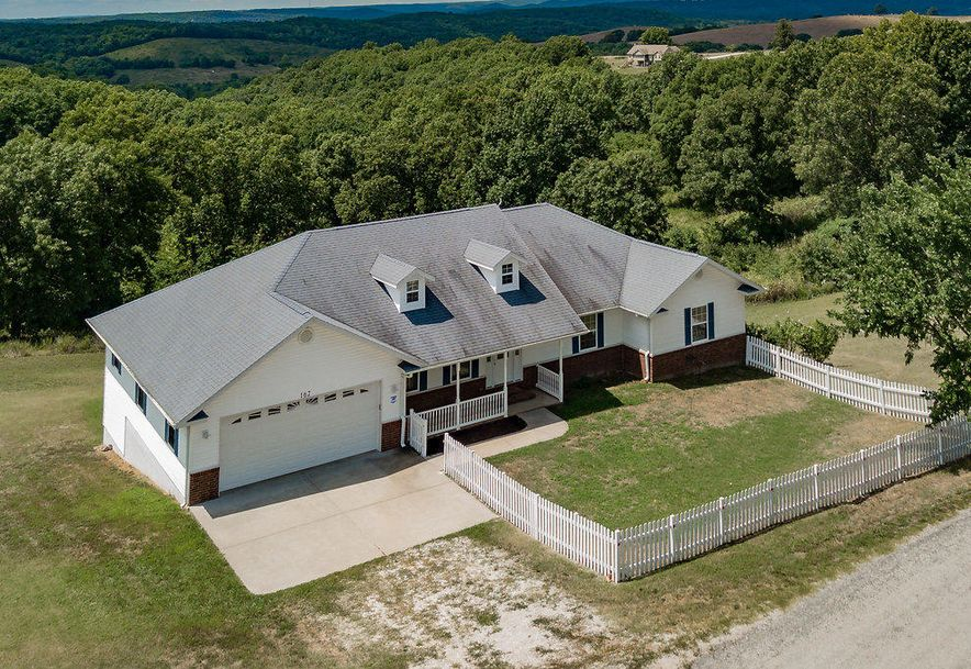 162 Stone County Road Galena, MO 65656 - Photo 1