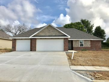 5745 East Park Place Strafford, MO 65757 - Image