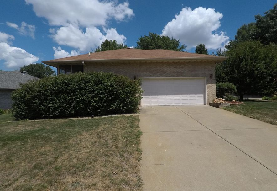 4637 South Jackson Avenue Springfield, MO 65804 - Photo 3