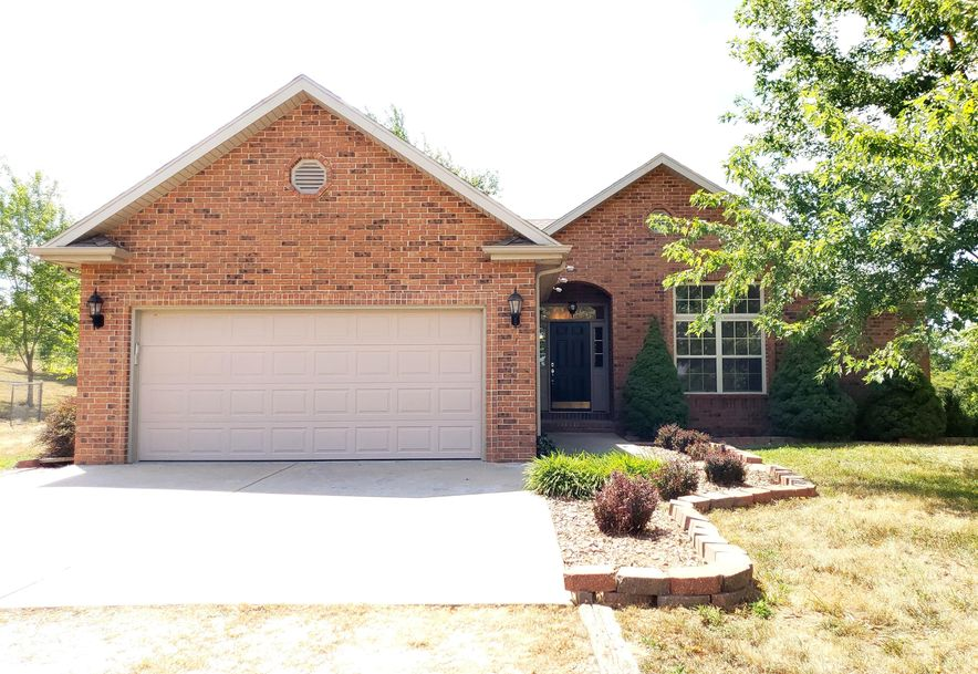 154 Crown Drive Marshfield, MO 65706 - Photo 1