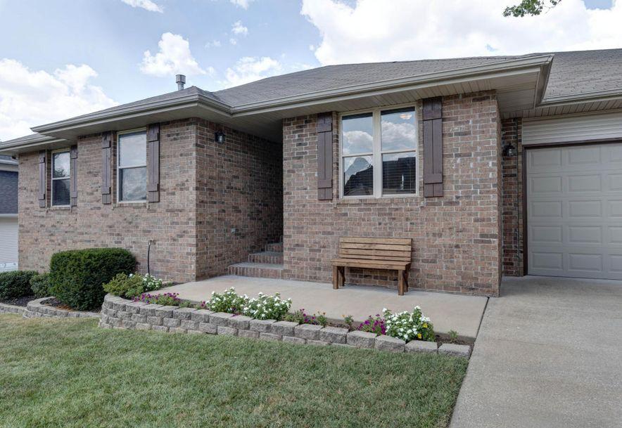 707 East Bryant Avenue Ozark, MO 65721 - Photo 2