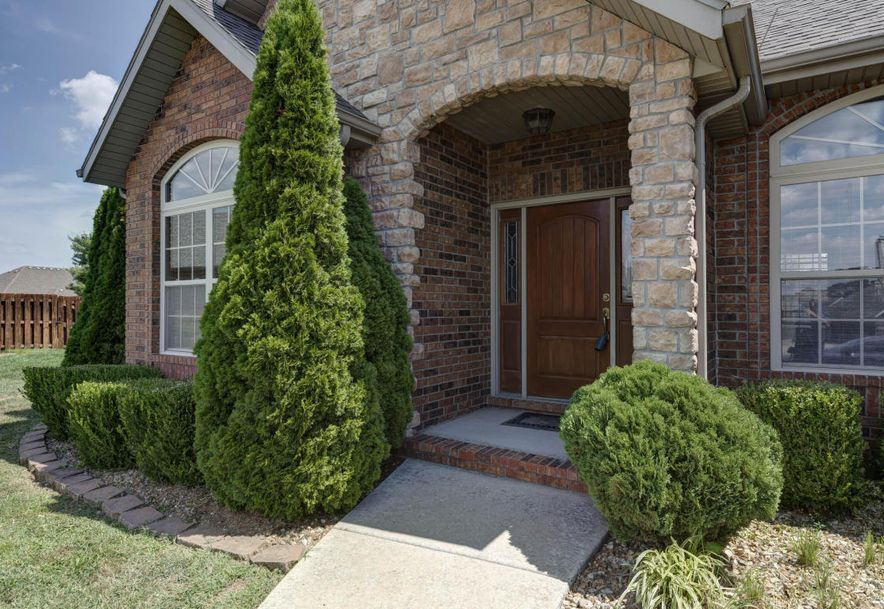 4868 South Franwood Place Springfield, MO 65810 - Photo 2