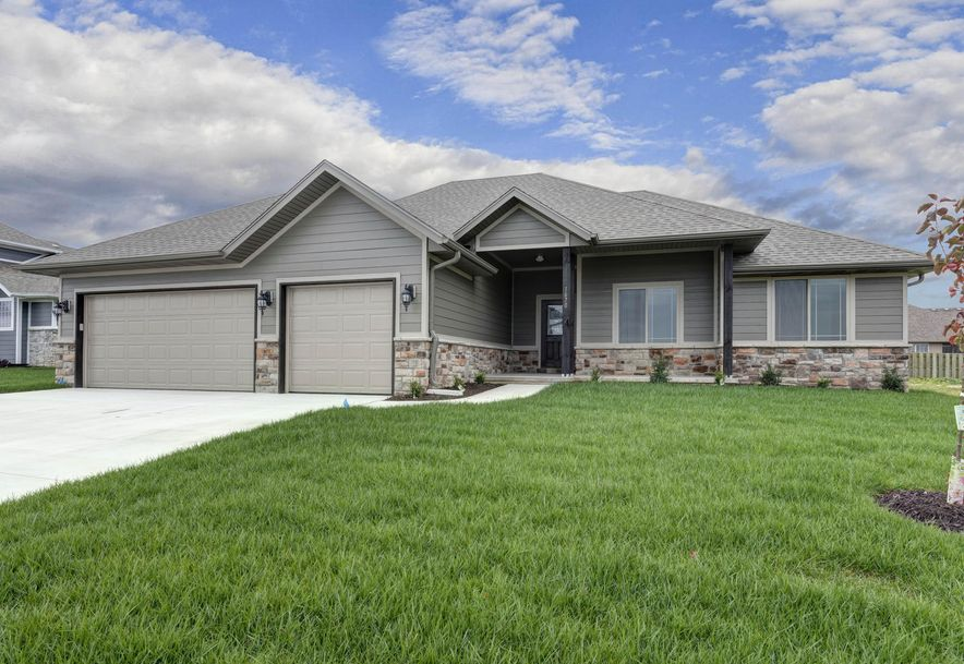 1670 Pea Ridge Republic, MO 65738 - Photo 1