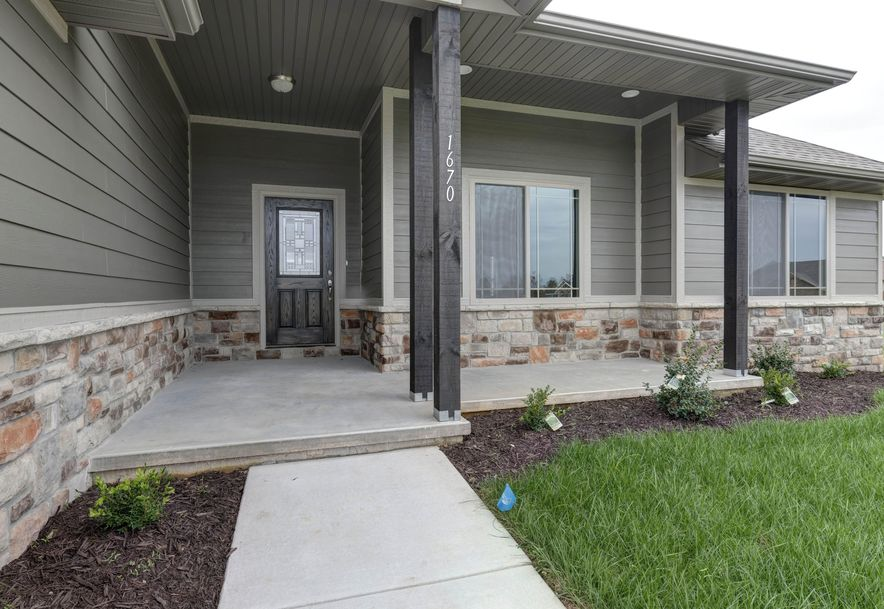 1670 Pea Ridge Republic, MO 65738 - Photo 2