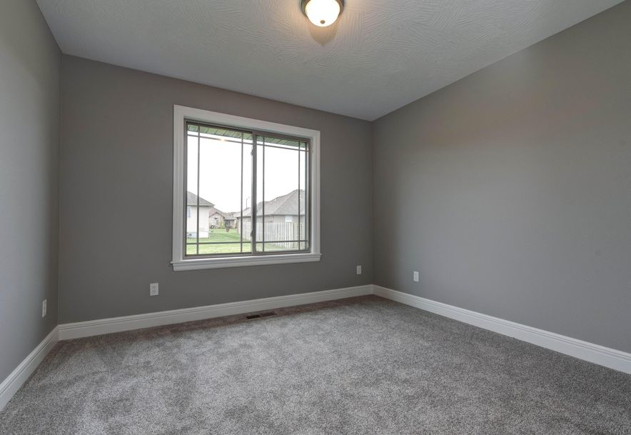 1670 Pea Ridge Republic, MO 65738 - Photo 26