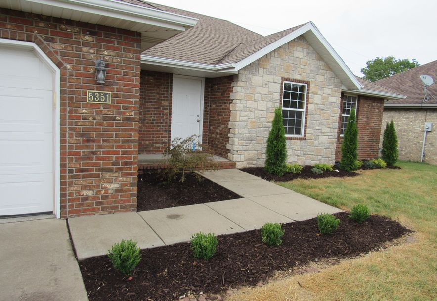 5351 West Soapberry Court Springfield, MO 65802 - Photo 2