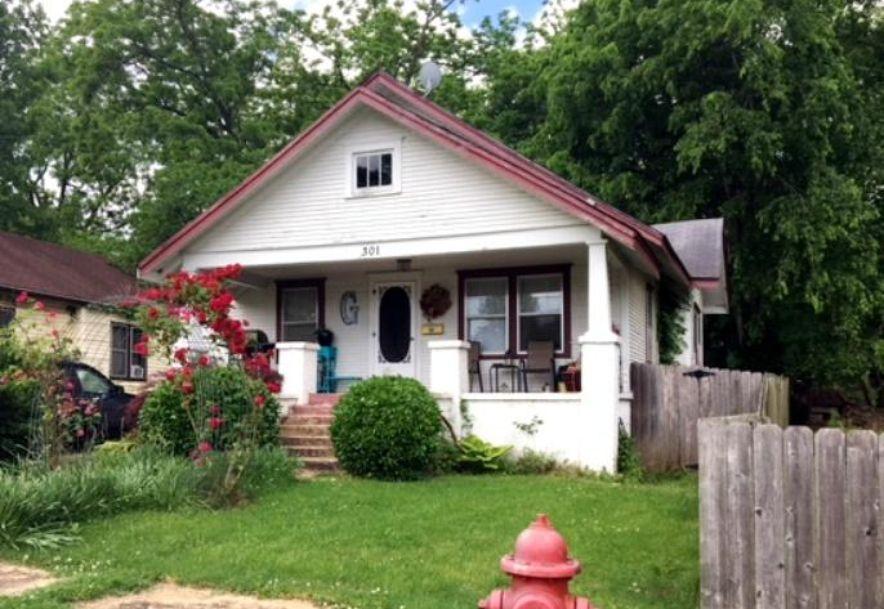 301 South Arkansas Street West Plains, MO 65775 - Photo 1