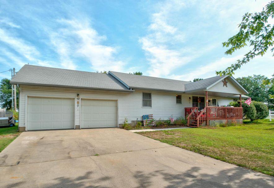 561 Sunset Street Sparta, MO 65753 - Photo 2
