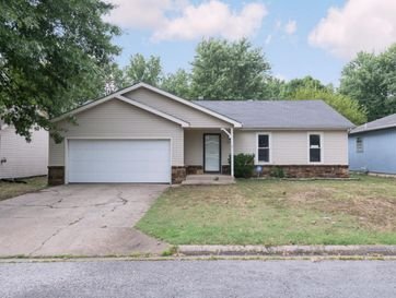 1321 West Downing Street Springfield, MO 65807 - Image 1